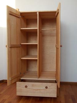 die m belschmiede kinderbett alina kinderzimmer aus massiver bio erle. Black Bedroom Furniture Sets. Home Design Ideas