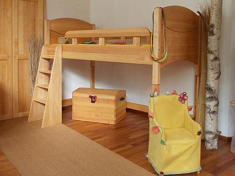 einzelbett und halbhohes bett in vielen varianten. Black Bedroom Furniture Sets. Home Design Ideas