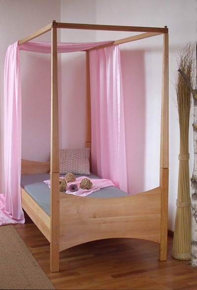 kinderzimmer einzel und himmelbett lotta m belschmiede. Black Bedroom Furniture Sets. Home Design Ideas