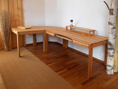 flexibler b ro schreibtisch aus erle m belschmiede. Black Bedroom Furniture Sets. Home Design Ideas